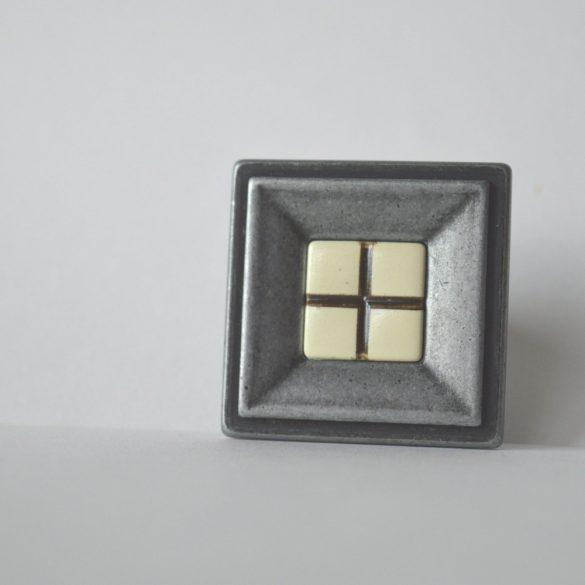 Antik fém bútorfogantyú, antik fekete, kockás márvány mintázat, bútorgomb