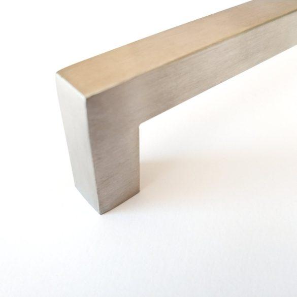 MARINA fém bútorfogantyú, csiszolt nemesacél felületű, 128mm furattávval