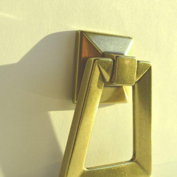 Classic metal furniture knob in shiny bronze colour