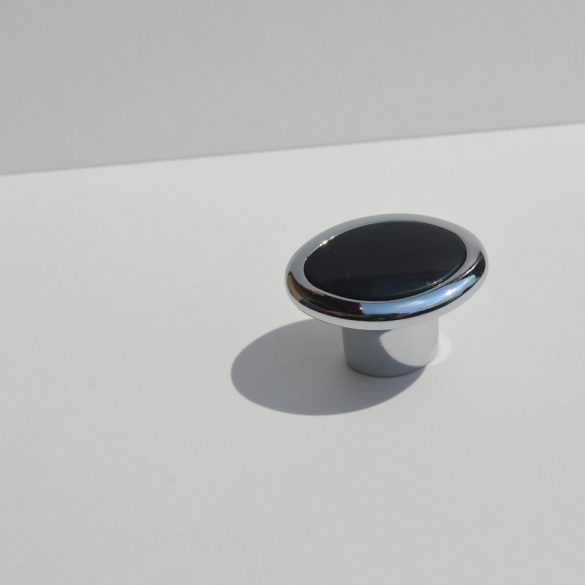 Fém-műanyag bútorgomb, fényes króm - fekete színű