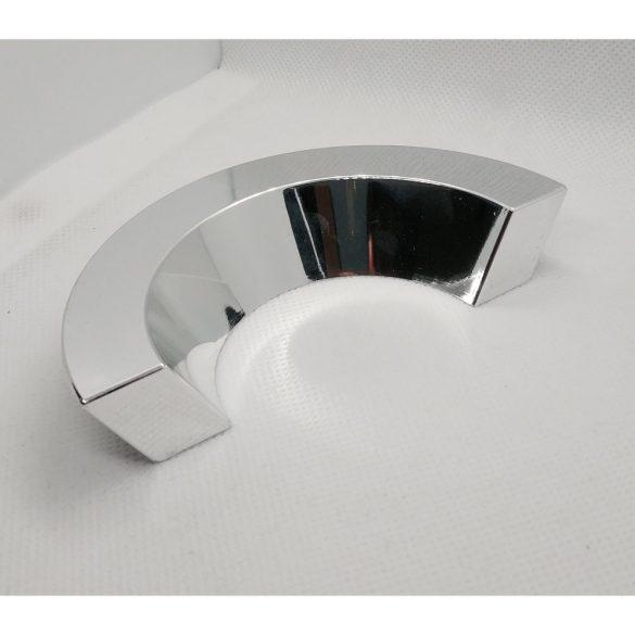 Műanyag bútorfogantyú, Króm színben, 64 mm furattáv, Retro stílus