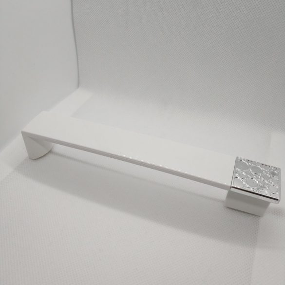 Műanyag bútorfogantyú, króm - fényes fehér színű, 160 mm furattávval