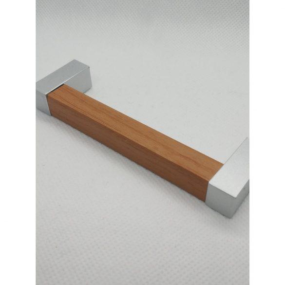Műanyag bútorfogantyú, fa hatású, tölgy-króm végekkel, 96 mm furattáv