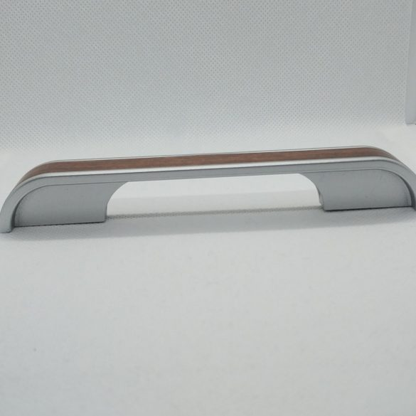 Műanyag bútorfogantyú, Króm - fa hatású színben, 96 és 128 mm furattáv, Modern stílus