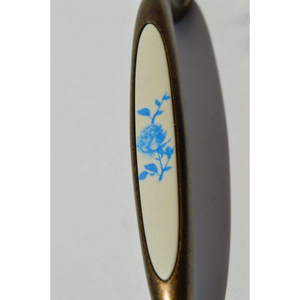 Fém-műanyag bútorfogantyú, bronz - kék virág mintával, 96 mm furattávval