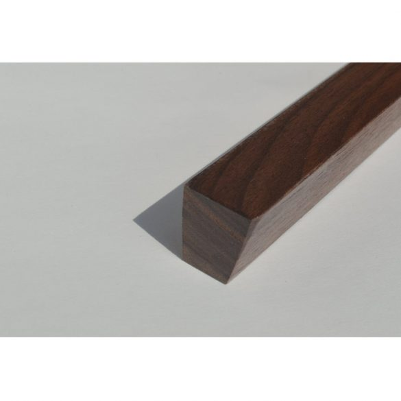 Wooden furniture handle, Walnut lacquered, with 32 and 64 mm hole spacing