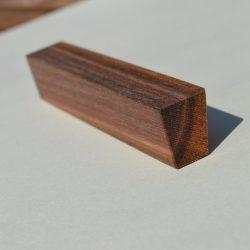 Fa bútorfogantyú, olajozott dió, 64 - 96 - 128 mm furattávval