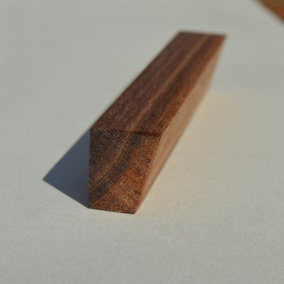 Fa bútorfogantyú, olajozott dió, 64-96-128 mm furattávval