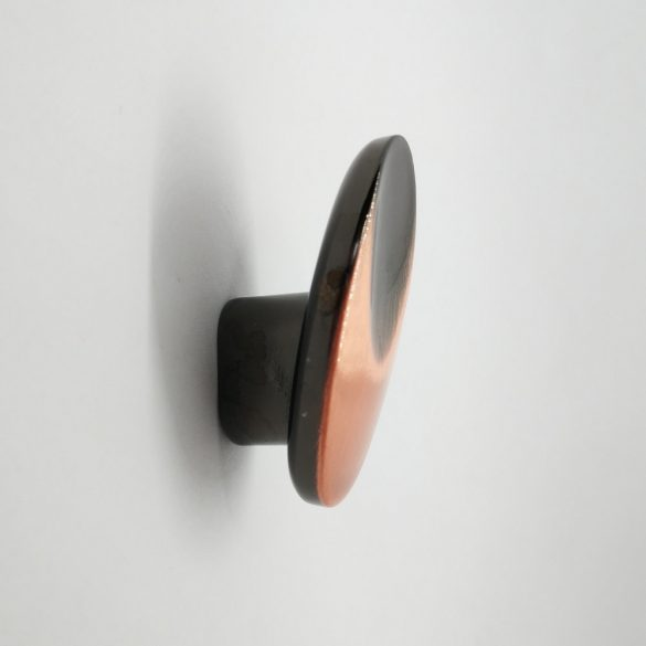 Antikolt gomb bútorfogantyú, ovális forma