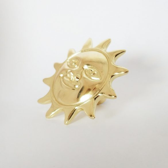 Fém bútorgomb, arany Nap motívum