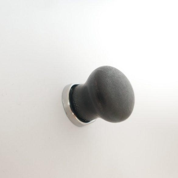Fém-porcelán bútorgomb, ovális, matt fekete színű, króm talprésszel