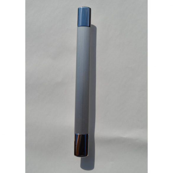 Fém bútorfogantyú, matt króm – fényes króm végekkel,  256 mm furattávval