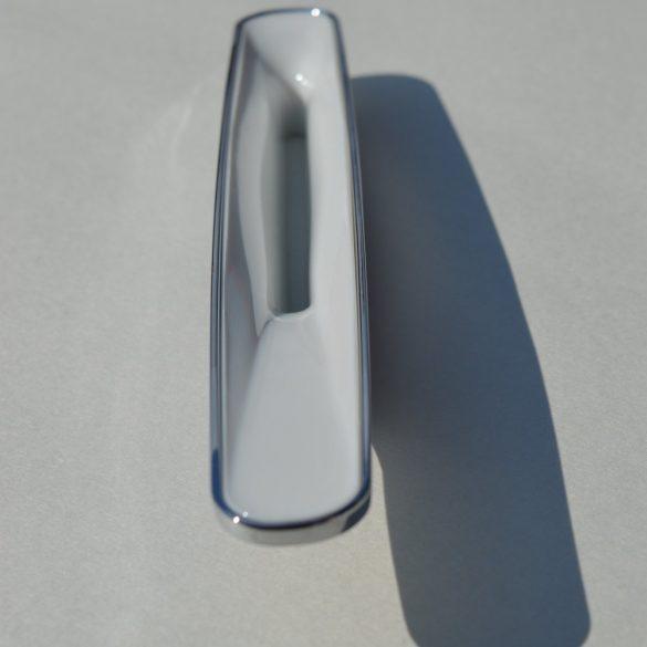 Fém-műanyag bútorfogantyú, króm-fehér, 96 mm furattáv, Retro