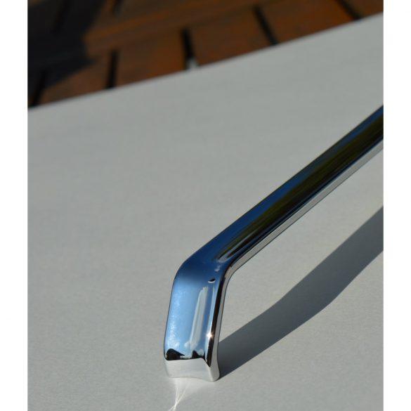 Fém bútorfogantyú, króm színű, 160 mm furattávval